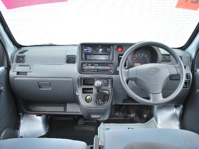 オープンデッキ 4WD 5速マニュアル ワンオーナー車(6枚目)