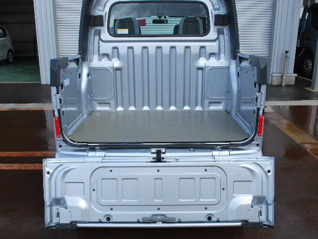 オープンデッキ 4WD 5速マニュアル ワンオーナー車(16枚目)