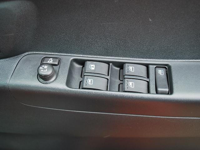 カスタム RS 4WDターボ 社外ナビTV ワンオーナー車(11枚目)