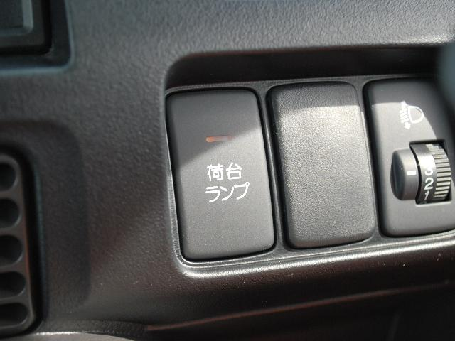 SDX 4WD 5速マニュアル(11枚目)