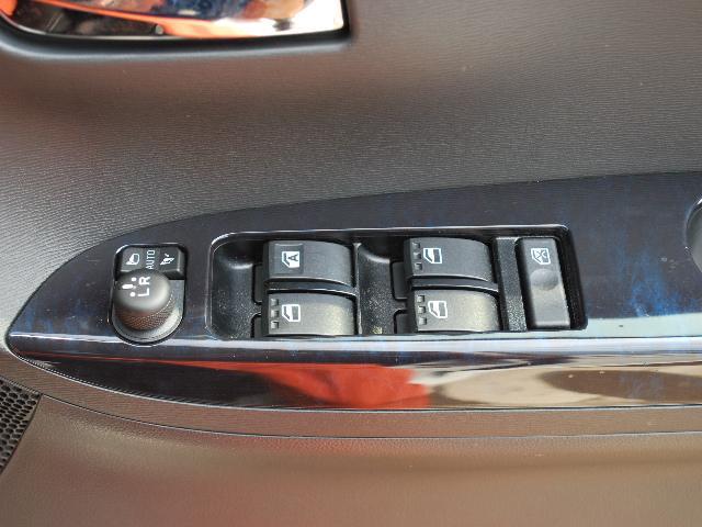 カスタムRS トップエディションリミテッドSAIII 4WD(16枚目)