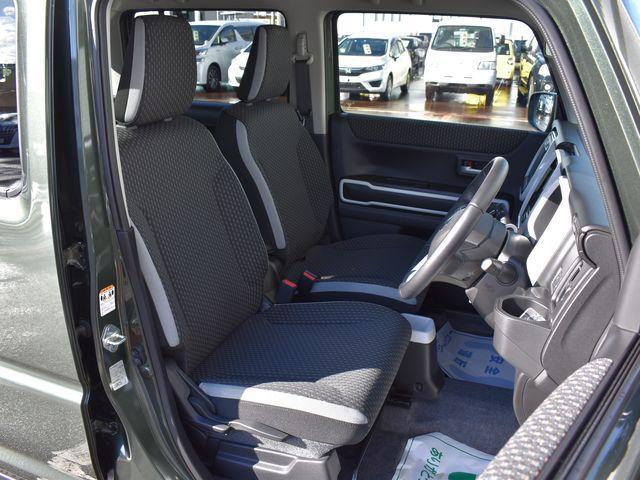 ハイブリッドX 4WD 純正9インチナビTV 全方位モニター ワンオーナー車(18枚目)