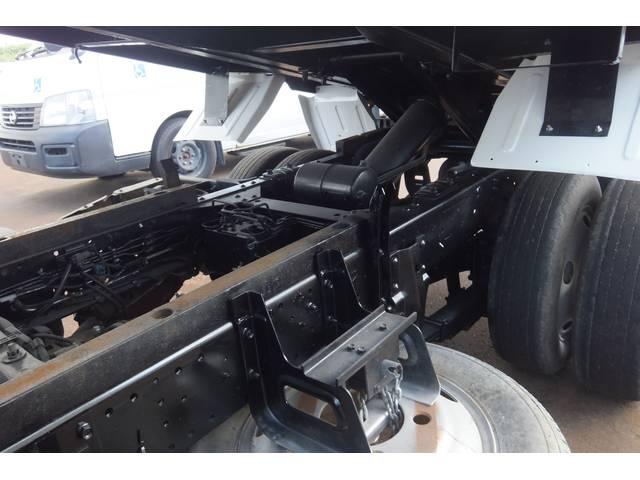 いすゞ エルフトラック 強化ダンプ 4WD 積載2トン 全低床