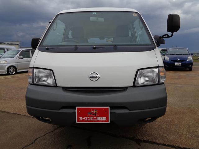 DX 積載950KG 4WD 5ドア ガソリン車(2枚目)