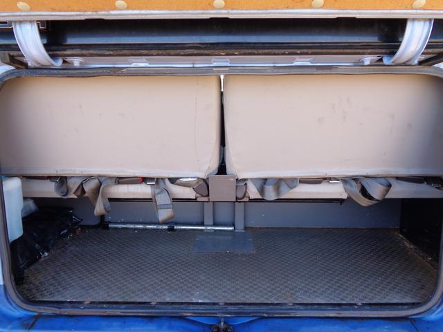 29人乗り マイクロバス 4WD オートエアコン 自動ドア(8枚目)