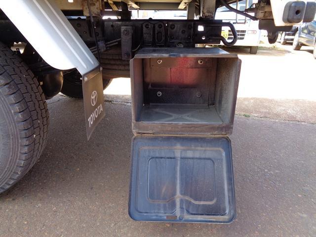 平 4WD 積載1.35t 10尺ボデー ターボ 全塗装渡し(13枚目)