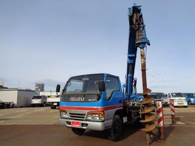 穴掘り建柱車 アイチ D502 3段 2.9t吊 1500h(13枚目)