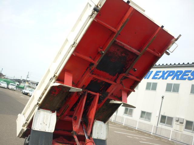 強化フルフラットローダンプ 最大積載2t 3人 5MT(18枚目)