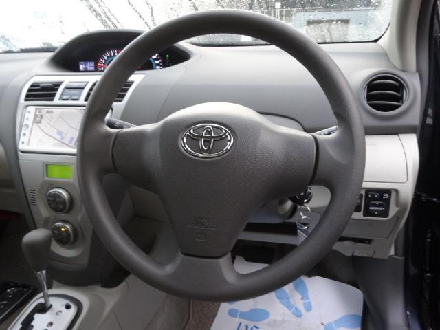 トヨタ ベルタ X Lパッケージ 4WD 純正ナビ リヤカメラ