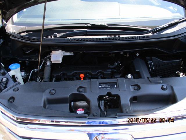 ホンダ ステップワゴンスパーダ Z  4WD 純正HDDナビ 全周囲カメラ HID