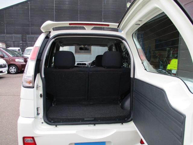 カスタム メモリアルエディション   4WD ターボ(18枚目)