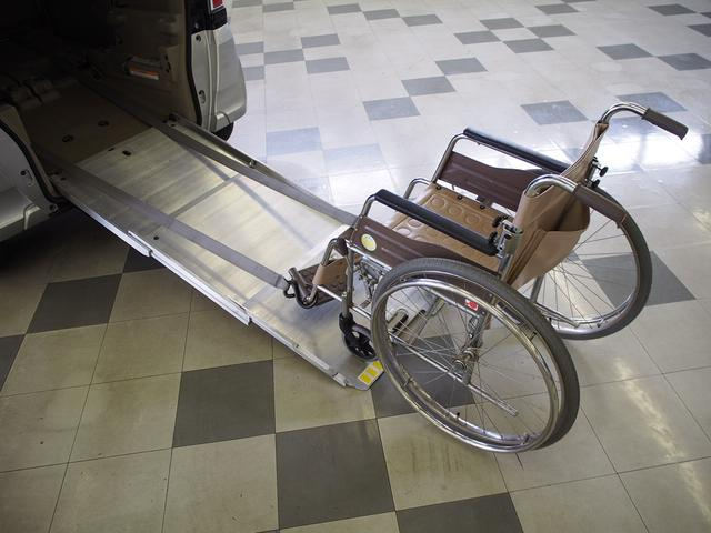 G・Lパッケージ スローパー 電動ウィンチ ワンオーナー(2枚目)