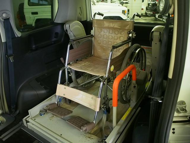 車いす一基 オートステップ Wエアコン クルコン リフター(3枚目)