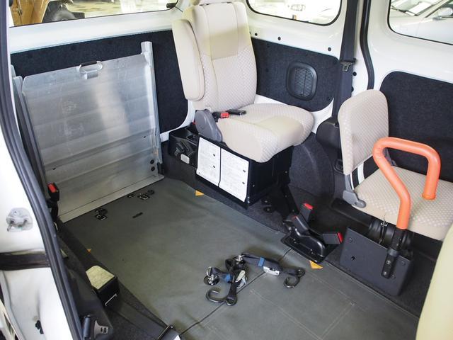 福祉車輌 車椅子2基固定 オートステップ Bモニター(6枚目)