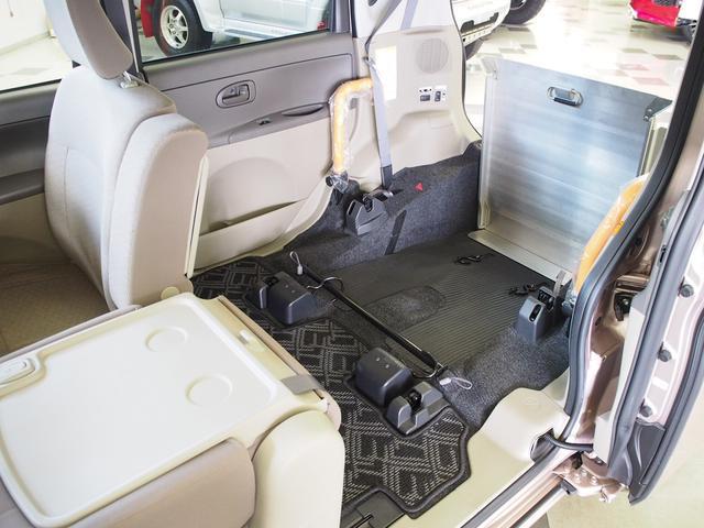 福祉車輌 スローパー パワスラ Bモニター 社外ナビ ETC(3枚目)