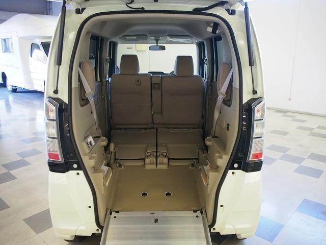 福祉車両 車いす一基固定 電動ウィンチ スローパー 4WD(2枚目)