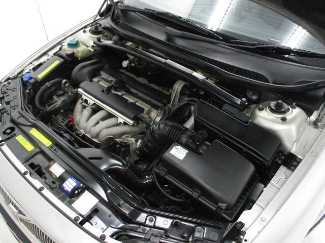ボルボ ボルボ V70 2.4  自社買取車 抗菌消臭加工済み