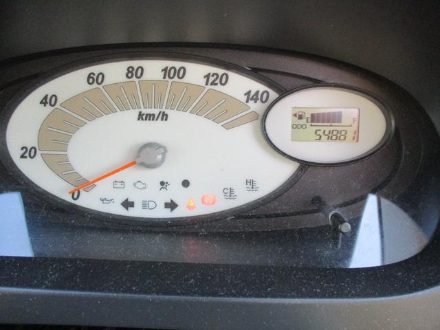 L 5MT 4WD CD キーレス 走行5.5k 修復歴なし(10枚目)