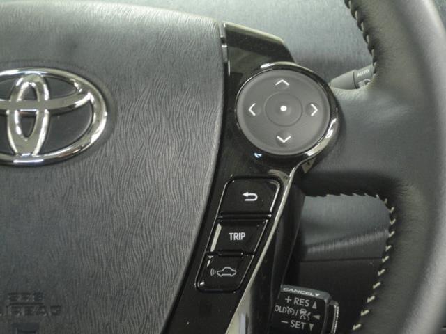 ステアリングスイッチは視線移動が少ないので安全運転につながります!!