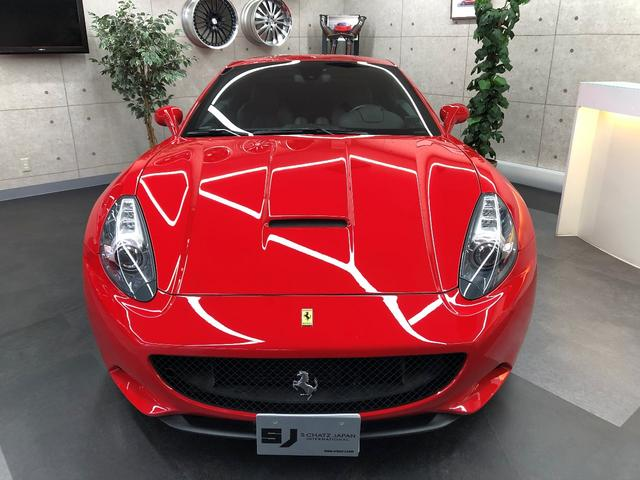 フェラーリ フェラーリ カリフォルニア F1 DCT LEDステアリング ダイヤモンドスタイルシート