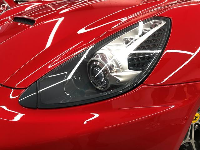 フェラーリ フェラーリ カリフォルニア F1 DCT LEDステアリング
