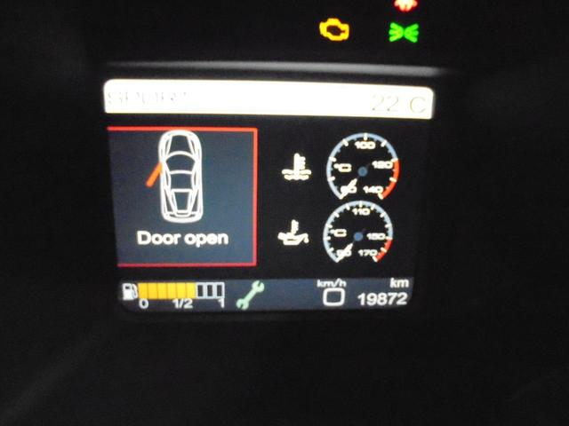 フェラーリ フェラーリ 458イタリア F1DCT正規D車 LEDカーボンステア