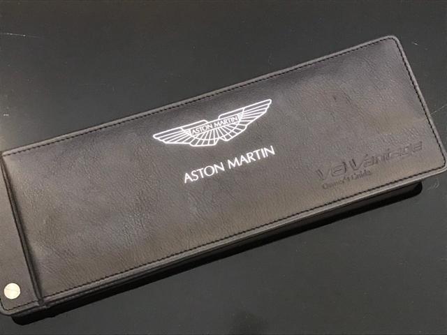 「アストンマーティン」「アストンマーティン V8ヴァンテージ」「クーペ」「愛媛県」の中古車29