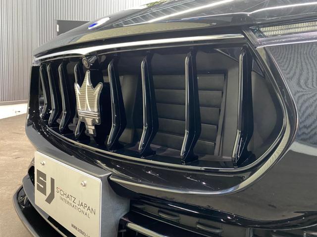 「マセラティ」「レヴァンテ」「SUV・クロカン」「愛媛県」の中古車27