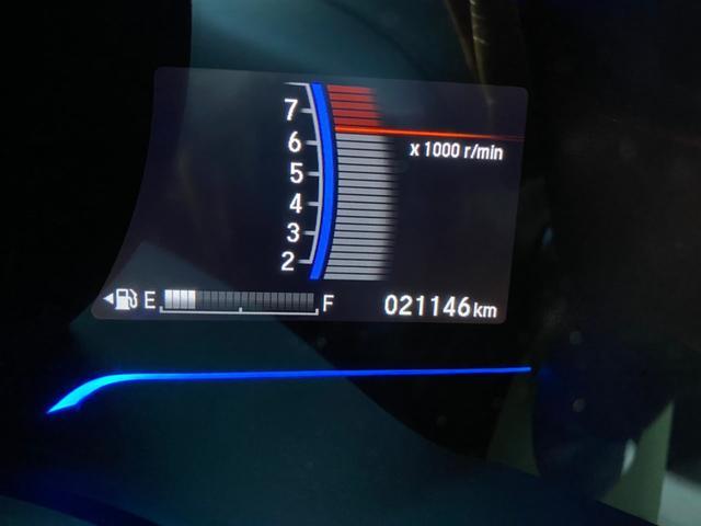 Lパッケージ プライムスムースインテリア/LEDヘッドライト/アームレストコンソール/フルオートエアコンディショナー/電動格納式リモコンカラードドアミラー/ホンダ純正ナビGathersVXM-145VFEi(15枚目)