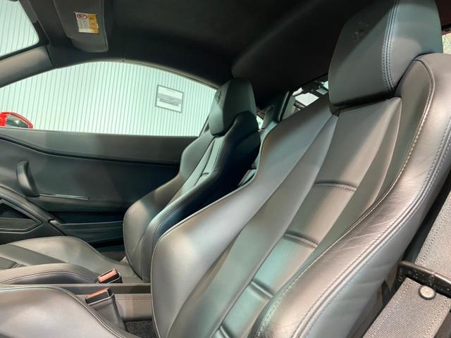 ベースグレード 正規D車/ドライバーゾーン付きカーボンLEDS/黒革電動シート&シートヒーター/ノビテックロッソエキゾースト&パワークラフトチタンテール/ノビテックロッソコイルスプリング/パーキングソナー/Bカメラ(11枚目)