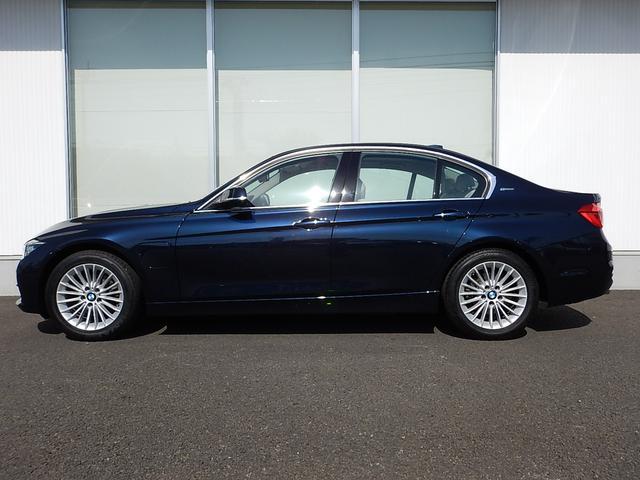 BMW BMW 330eラグジュアリー オイスターレザー 弊社試乗車