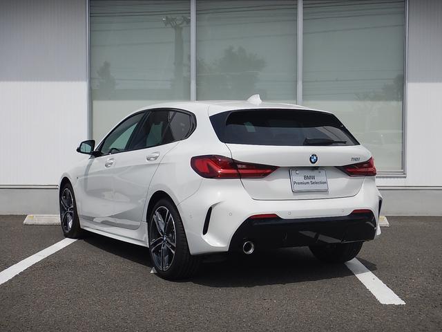 2年間走行距離無制限保証、安心もBMWクオリティ。BMWを熟知したメカニックによる100項目の納車前点検。交換基準に達した部品があれば、BMW純正部品だけを使用し整備した後にお引渡しします。