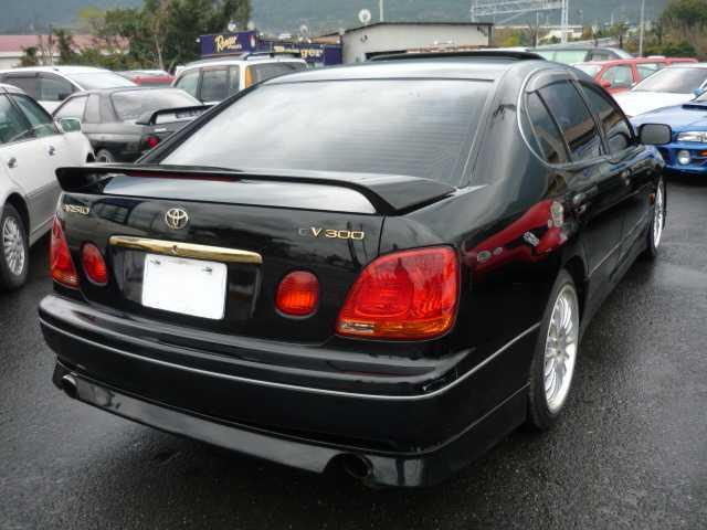 V300 ベルテックスエディション(2枚目)