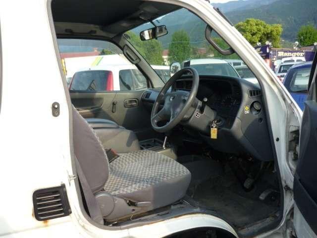 トヨタ ハイエースワゴン デラックス ロング 4WD