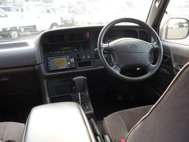 トヨタ ハイエースワゴン スーパーカスタム トリプルムーンR
