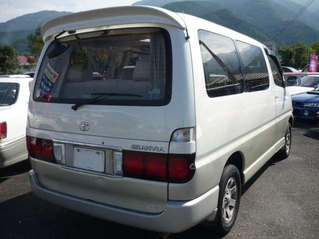 トヨタ グランビア Q