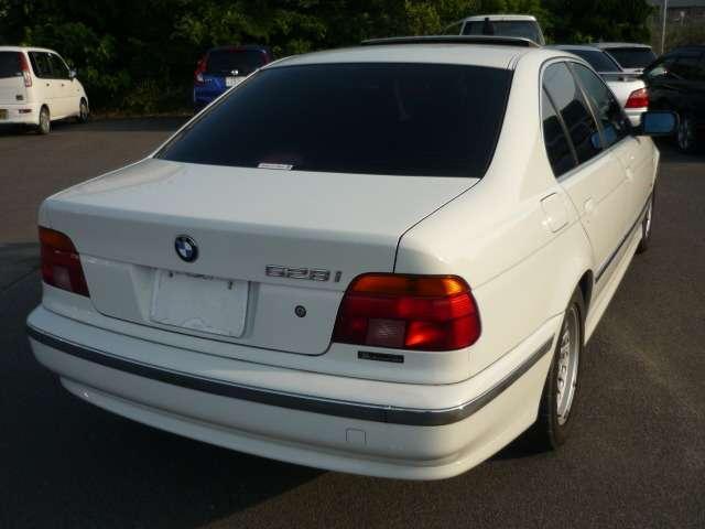 BMW BMW 528i