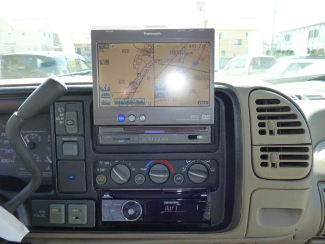 GMC GMC ユーコン SLT オーバーフェンダー・リフトアップ