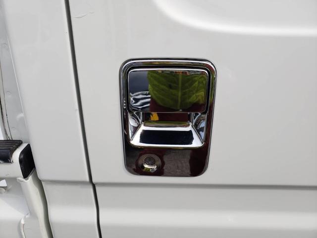 SDX ワンオーナー 4WD エアコン パワステ 5MT 社外14インチアルミホイール ドアノブフロントグリルメッキパーツ(9枚目)