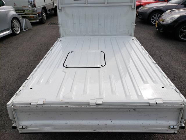 SDX ワンオーナー 4WD エアコン パワステ 5MT 社外14インチアルミホイール ドアノブフロントグリルメッキパーツ(15枚目)