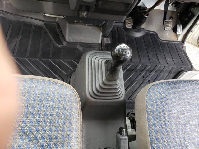 SDX ワンオーナー 4WD エアコン パワステ 5MT 社外14インチアルミホイール ドアノブフロントグリルメッキパーツ(23枚目)