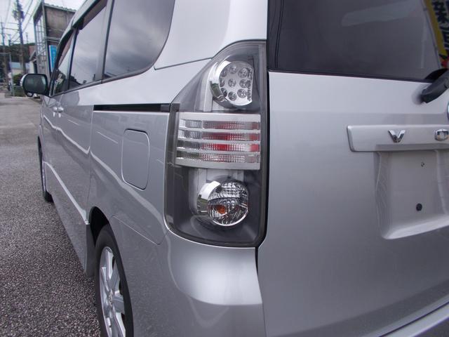 「トヨタ」「ヴォクシー」「ミニバン・ワンボックス」「高知県」の中古車28