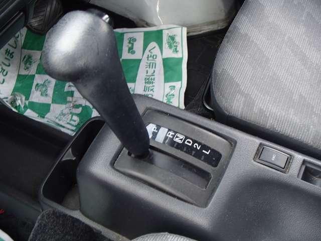 スズキ キャリイトラック 保冷車 4WD 両側スライド