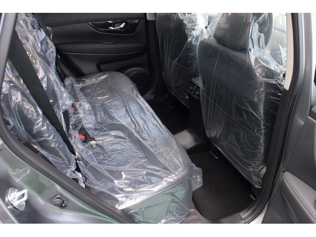 日産 エクストレイル 20X ハイブリッド パノラミックガラスルーフ 未使用車
