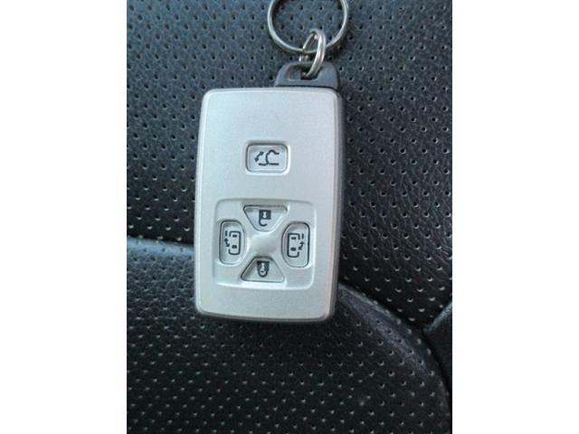2.4Z プラチナセレクションII 純正HDDナビ TV Bluetooth 社外18インチアルミ フリップダウンモニター ETC HIDヘッドライト 革調シートカバー バックカメラ ツイータースピーカー 両側電動スライドドア(38枚目)