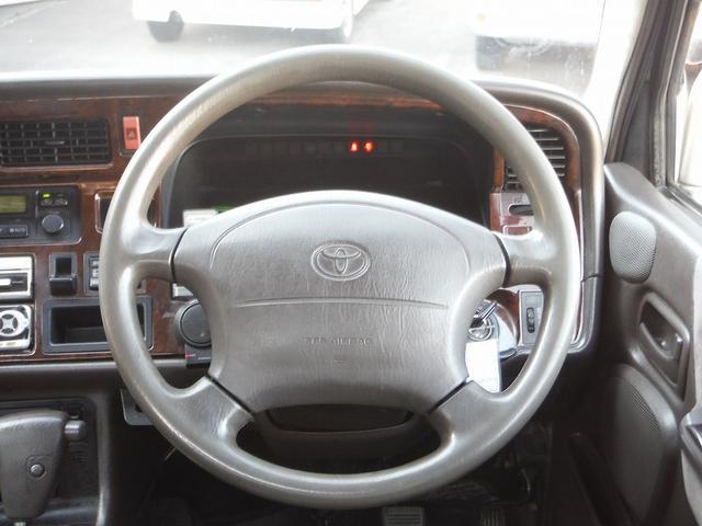 トヨタ ハイエースワゴン スーパーカスタムリミテッド トリプルムーンルーフ