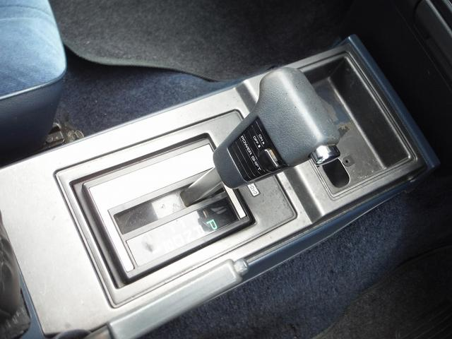 日産 グロリアバン GL ローダウン 社外ステアリング