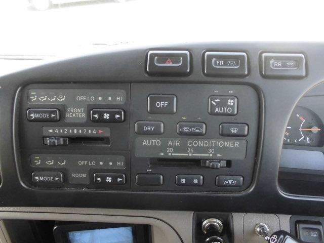 EXキャンピングランドサルーン仕様10人乗りスイング自動ドア(10枚目)