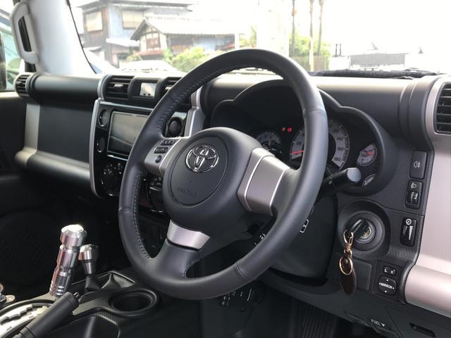 「トヨタ」「FJクルーザー」「SUV・クロカン」「香川県」の中古車12