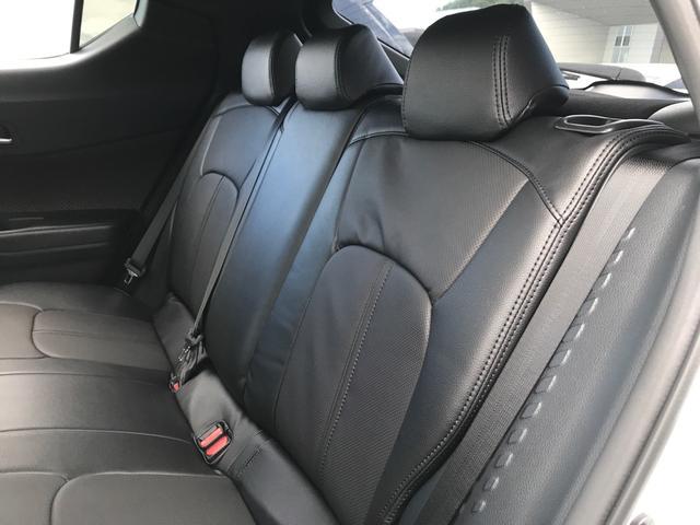 「トヨタ」「C-HR」「SUV・クロカン」「香川県」の中古車16
